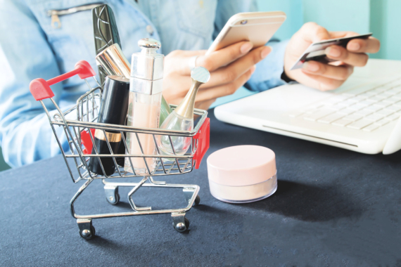 Tips for Buying Cosmetic Products Online